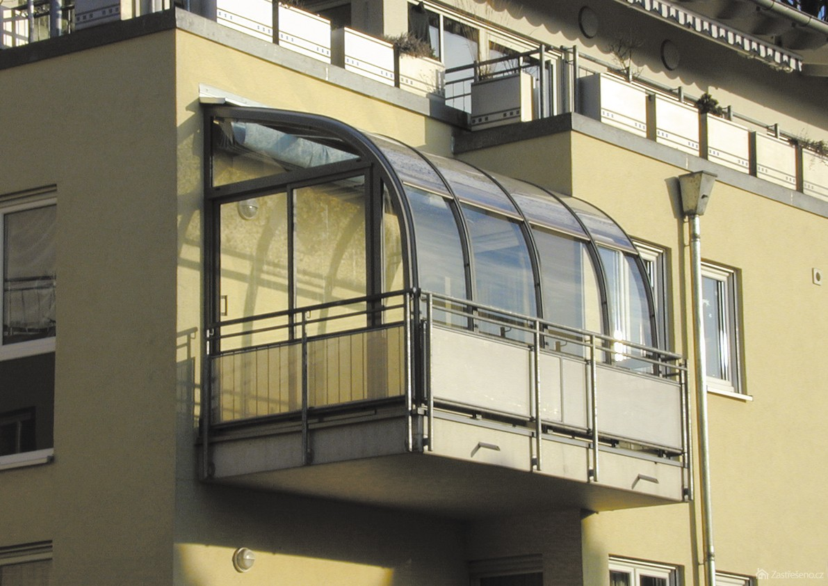 Французский балкон, или балкон без балкона.